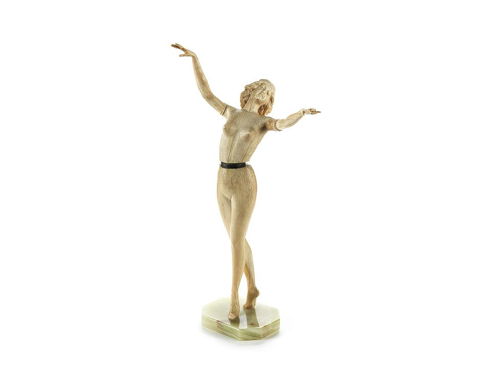 Jugendstil-Elfenbeinstatuette einer jungen Tänzerin
