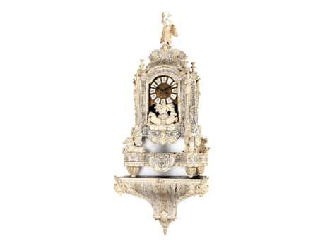 Aufwendig gearbeitete Louis XIV-Uhr in Elfenbein
