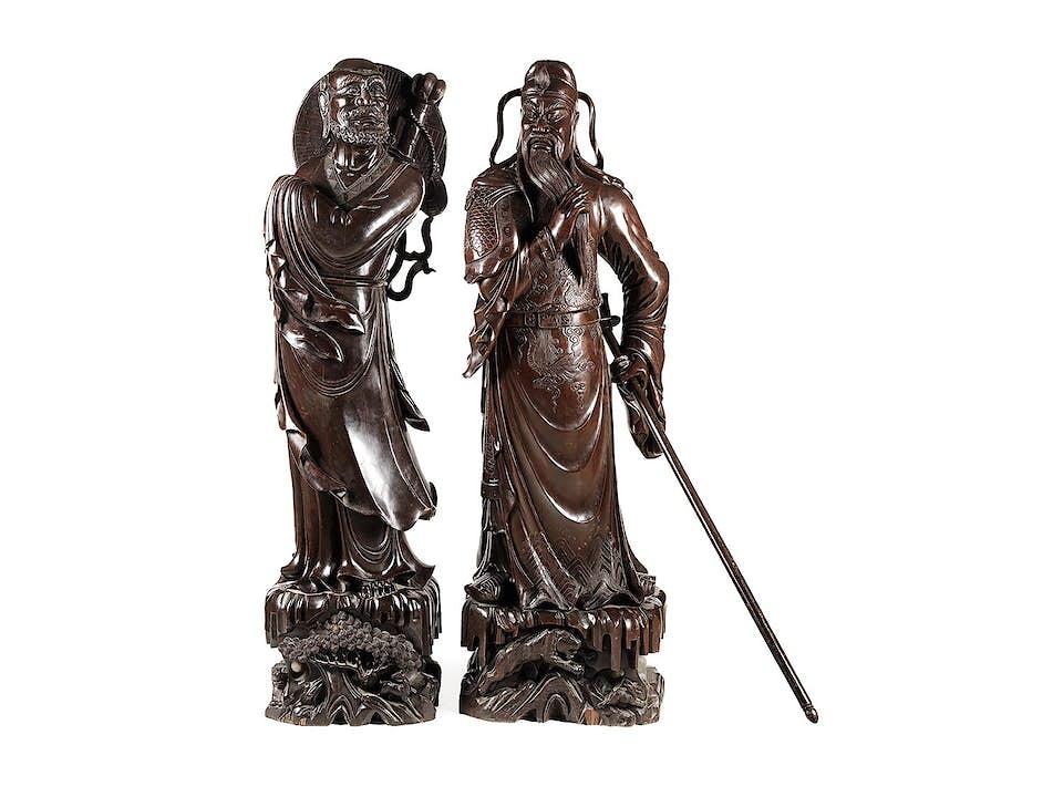 Paar grosse und imposante daoistische Figuren