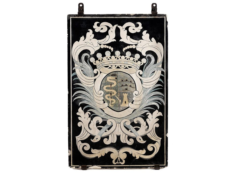 Große Scagliola-Platte mit Wappendarstellung