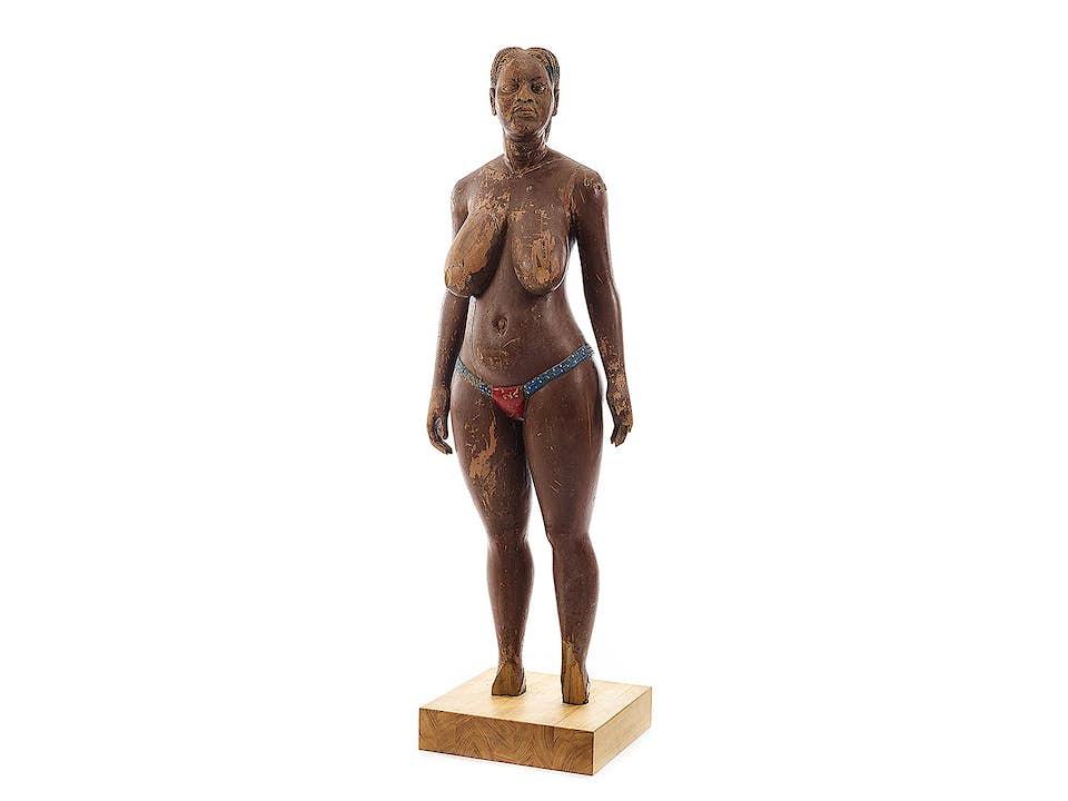 Afrikanische weibliche Schnitzfigur