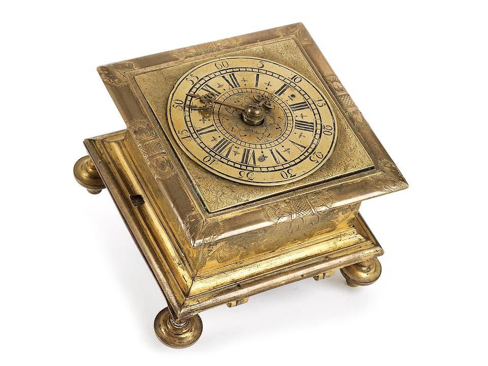Tischuhr des 17. Jahrhunderts