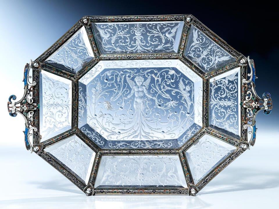 Bedeutende, museale Bergkristallschale des Historismus