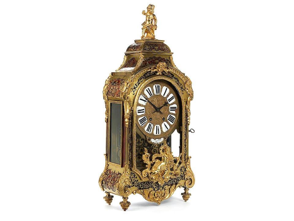 Kaminuhr im Louis XIV-Stil