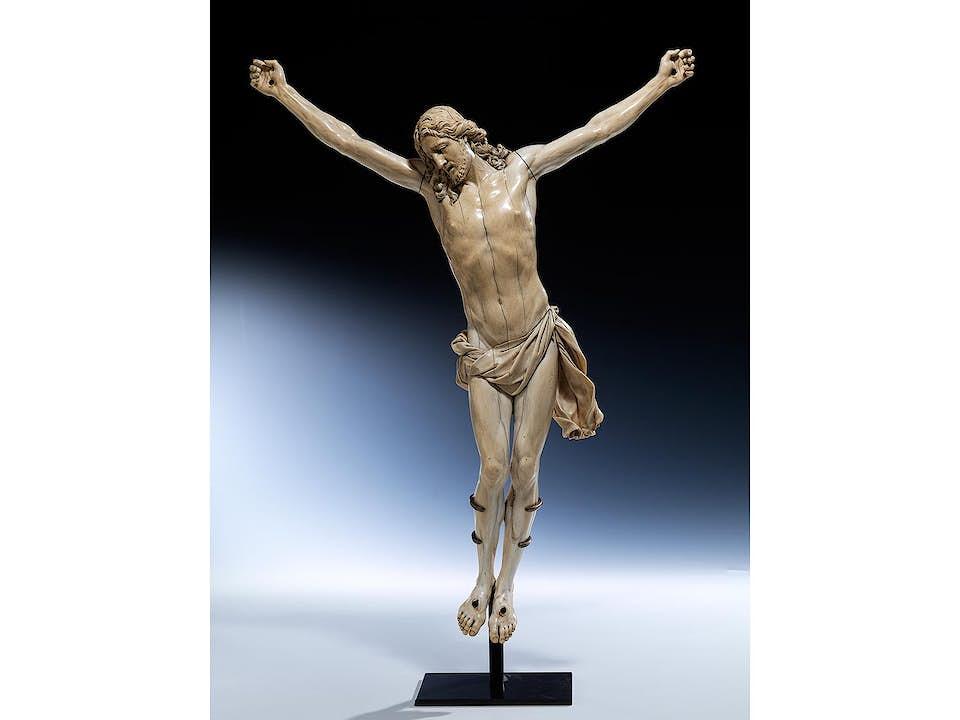 Corpus Christi in Elfenbein