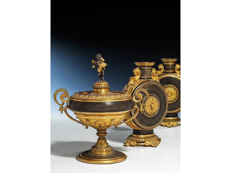 Vergoldete Bronzegarnitur