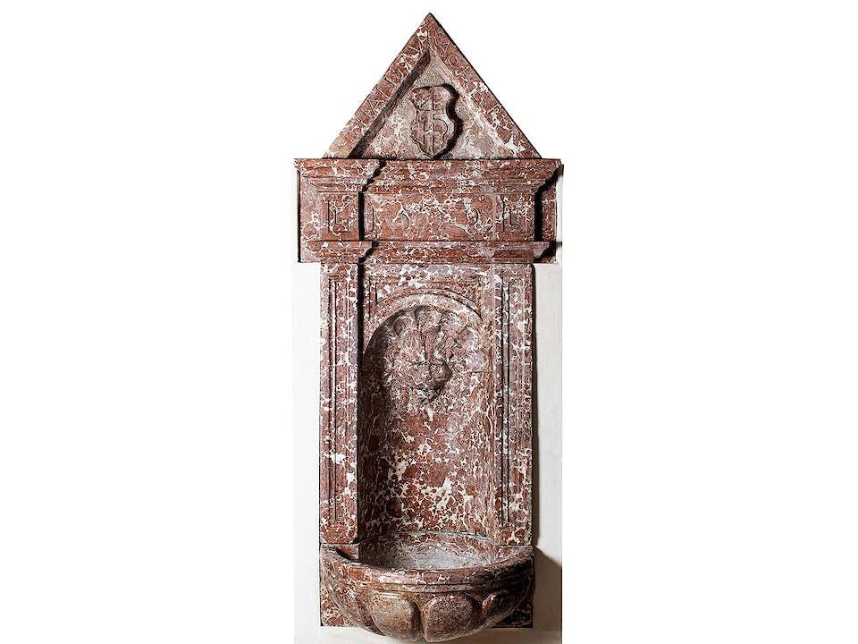 Großer Renaissance-Wandbrunnen