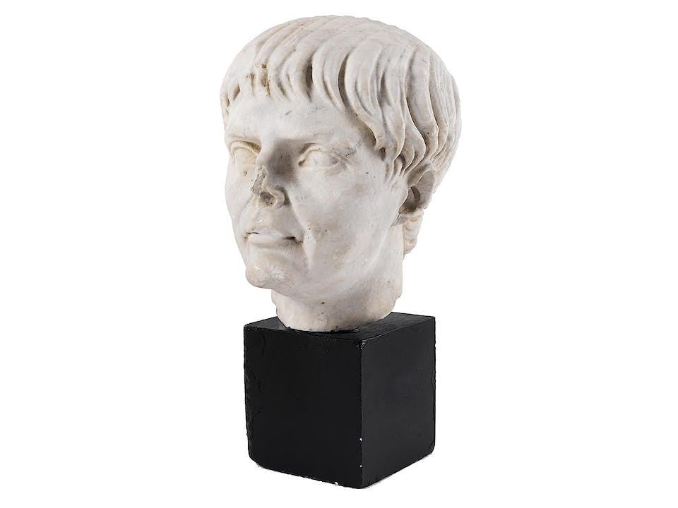 Marmorkopf des Römischen Kaisers Trajan