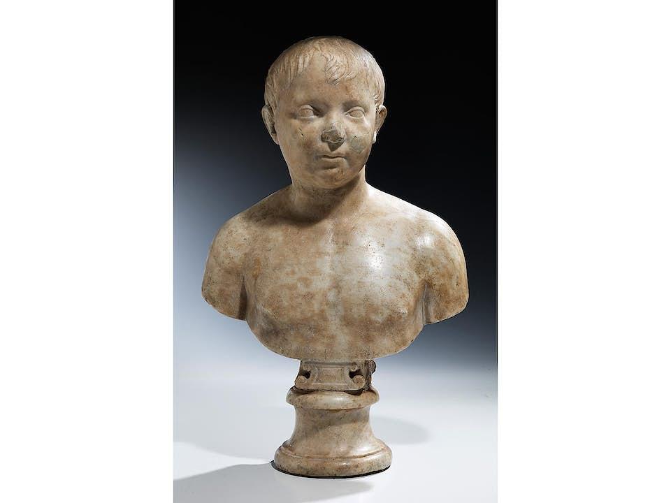 Marmorbüste eines römischen Knaben
