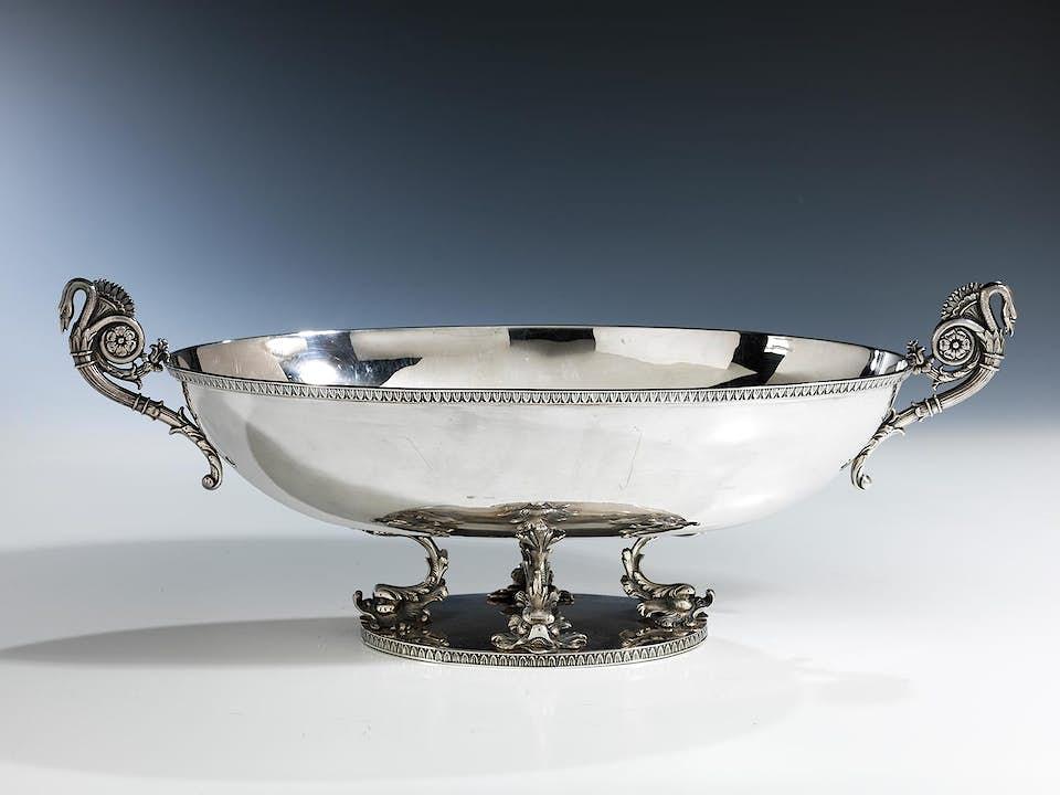 Ovale silberne Aufsatzschale im klassizistischen Stil