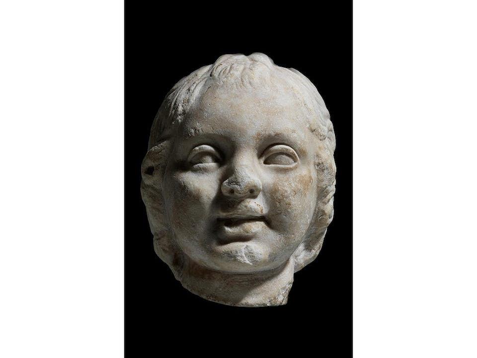 Marmorkopf des Eros