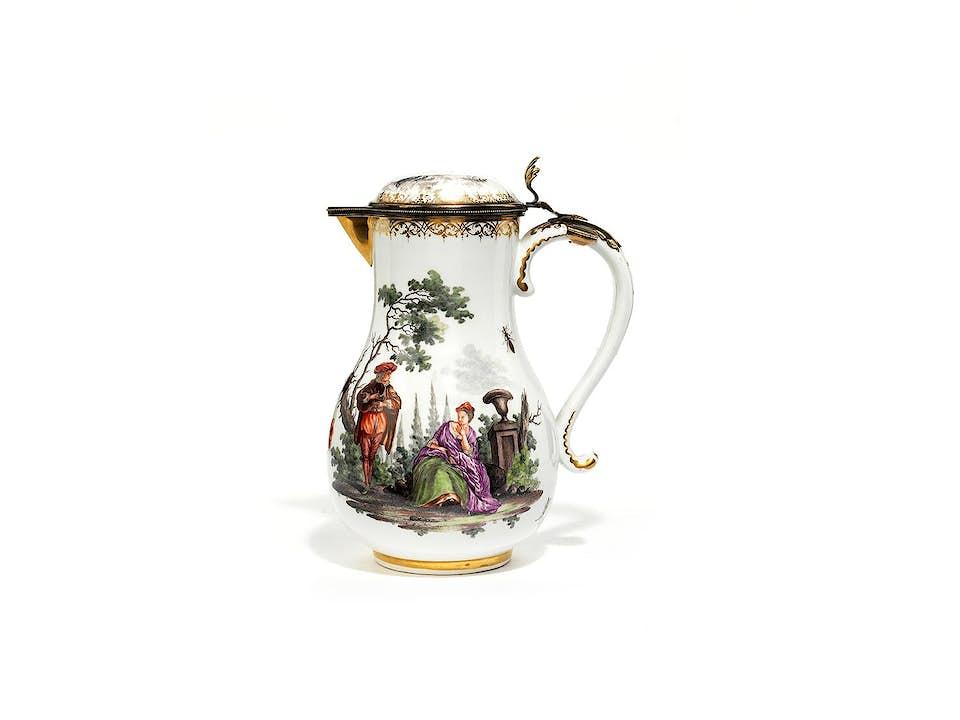 Meissener Kaffeekännchen mit vergoldeter Silbermontierung
