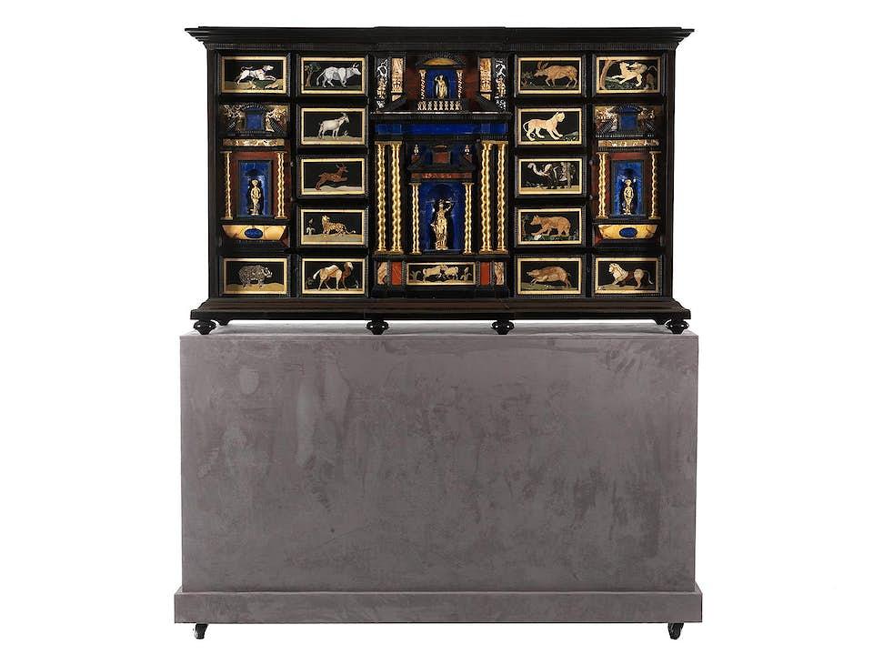 Pietra dura-Kabinett im Barock-Stil
