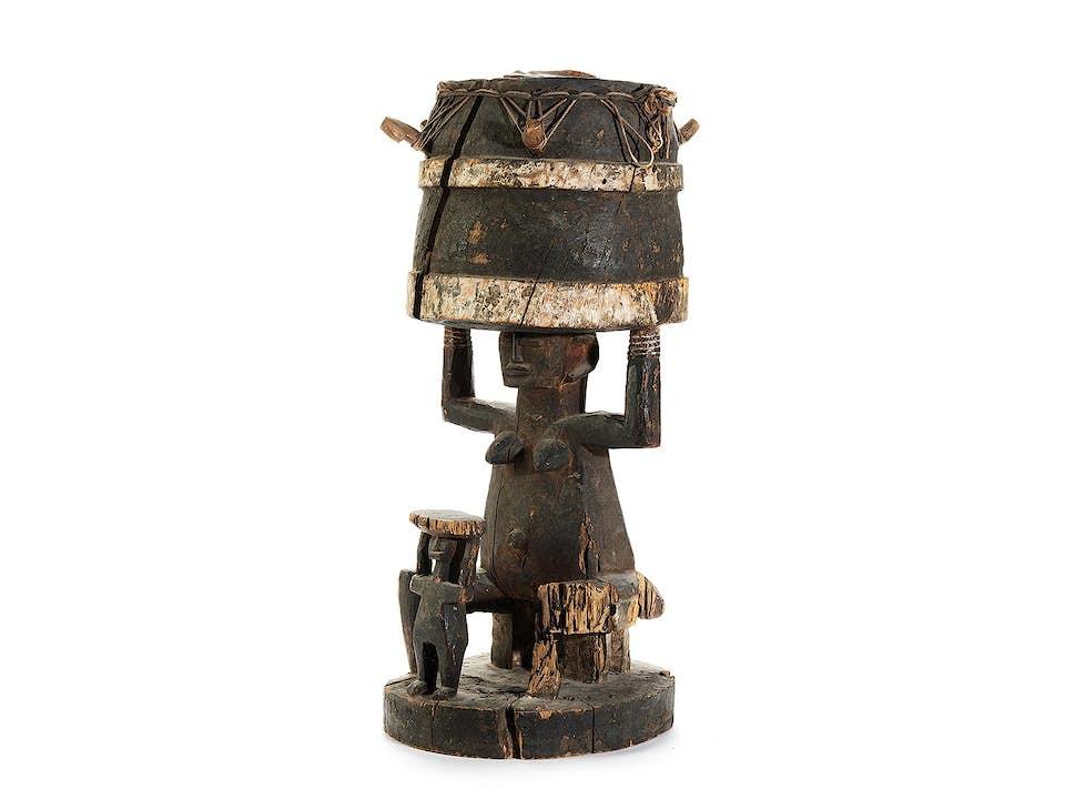 Große Trommelfigur des Stammes Igbo/ Nigeria