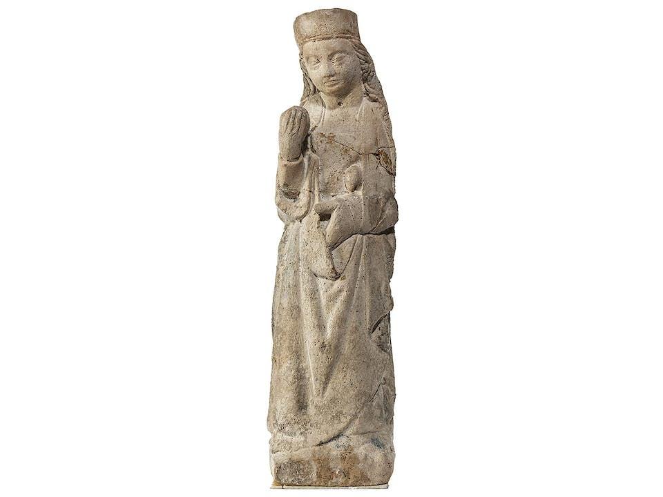 Romanische Heiligenfigur