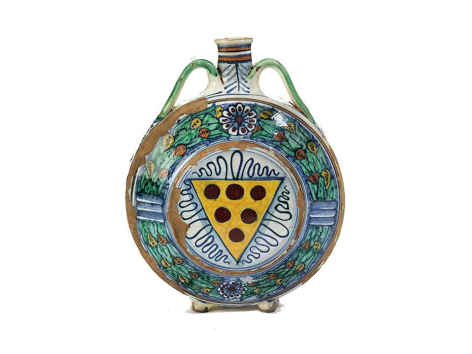 Wasserflasche mit Wappen