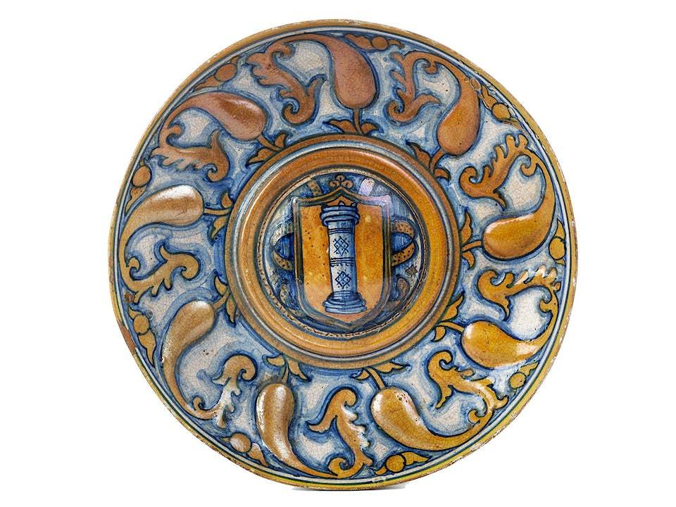 Lüsterteller mit Wappen der Colonna