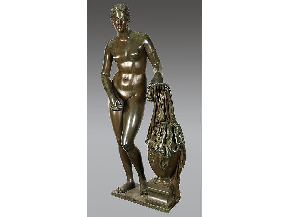 Monumentale Skulptur der Aphrodite von Knidos