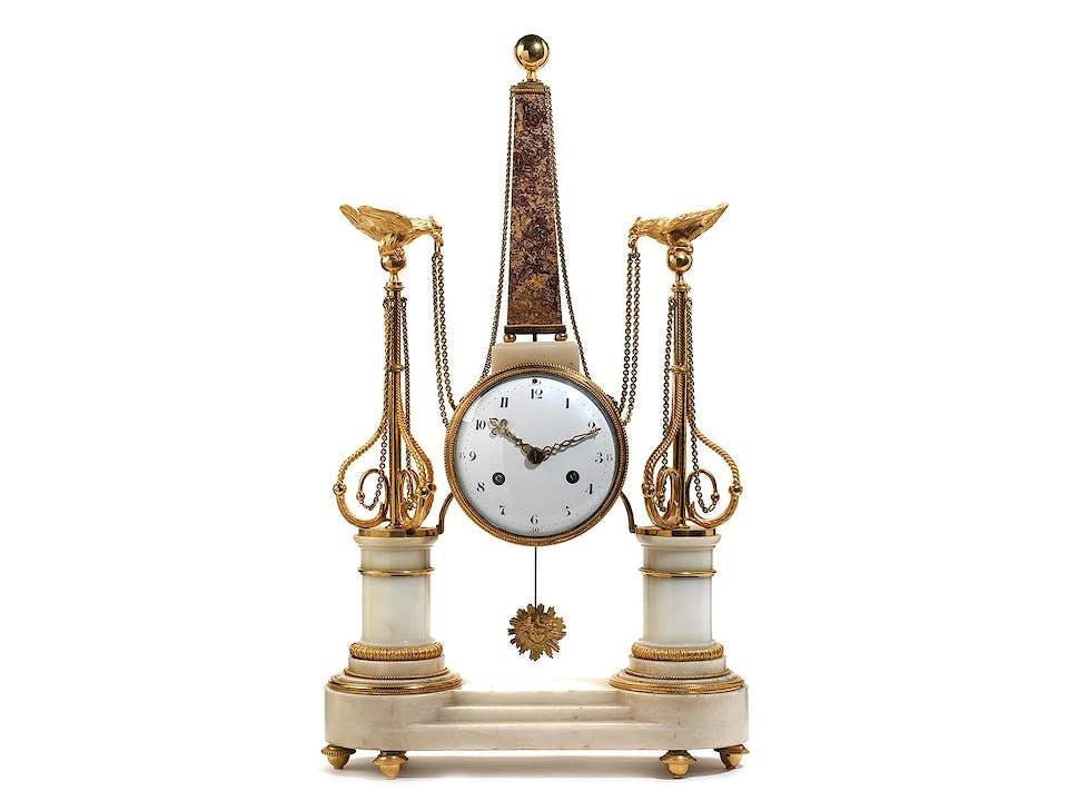Louis XVI-Portaluhr