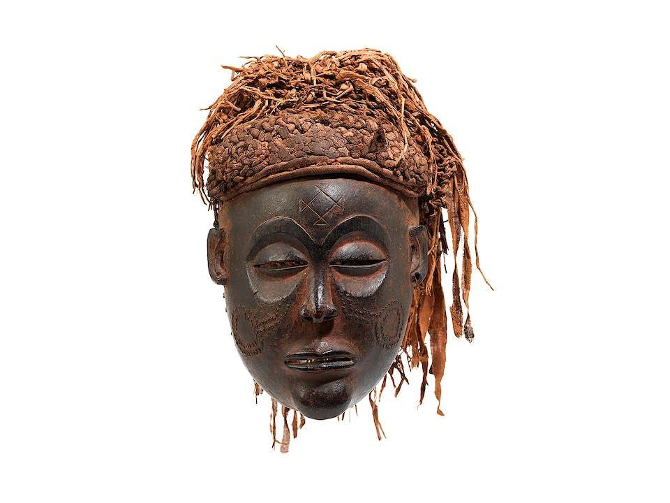 "Afrikanische Maske der Chokwe ""Mwana-pwo"""