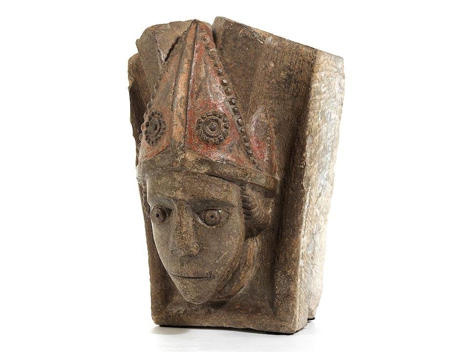 Kopf eines Bischofs