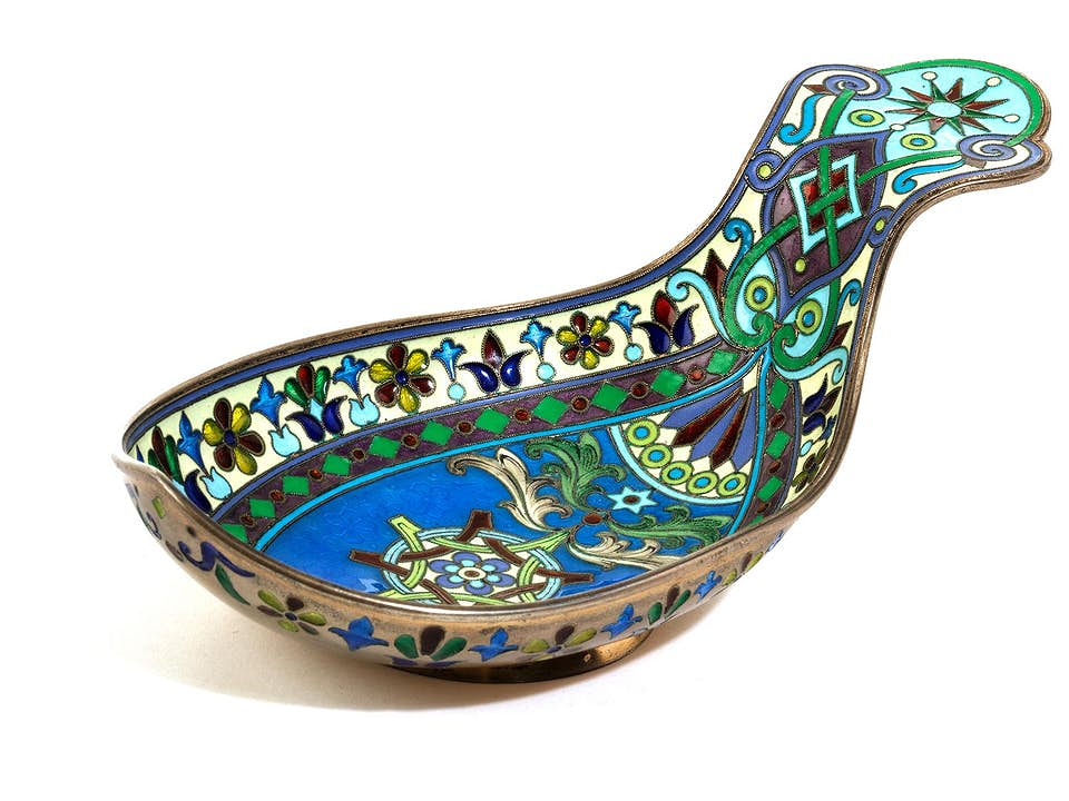 Kovsch mit Cloisonné-Dekor